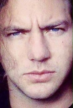 I love that furrowed brow. And could this man's lips be any more perfect?