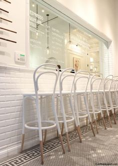white thonet chairs Love this For more #interiordesign inspirations Italian Bark blog on www.italianbark.com
