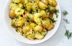 German Potato Salad with Dill (MADE March So good! Great for a crowd or potluck. Didn't specify whether to serve hot or cold, served hot and it was great. Dill, 2 kinds of onions, can't go wrong! Potato Salad No Mayo, Potato Salad With Apples, Potato Salad Mustard, Potato Salad Dressing, Potato Salad Recipe Easy, Dill Recipes, Healthy Recipes, Salad Recipes, Soup Recipes