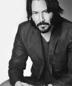 Keanu Reeves.....those eyes!  May be my favorite photo ever♥