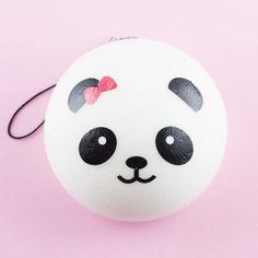 Squishy Panda mit roter Schleife in mittel - Kawaii- und Bastelshop