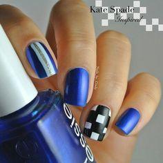 Blue white and black glitter gold stripe nailart #nailart #nails #blue #black #white #glitter #gold #stripe