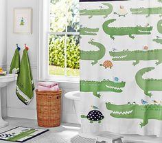 Decor themes 15 Of The Most Adorable Kids Bathroom Sets Alligator Bad Thema für Kinder Kids Bathroom Sets, Childrens Bathroom, Baby Bathroom, Bathroom Shower Curtains, Boys Bathroom Themes, Kid Bathroom Decor, Bathroom Modern, Small Bathrooms, Kids Curtains