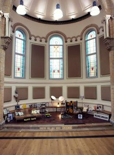 Loving this Image of Opulence in the Halle St Peters from Home is in the North event, which brings together a collective of unusual and creative designer / makers. #HomeIsInTheNorth http://www.4manchesterwomen.co.uk/wonderful-homey/home-is-in-the-north/