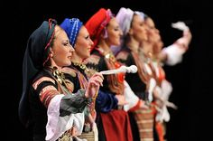 Serbian (Bosilegrad , South -Eastern Serbia) and bulgarian costume ansambl KOLO