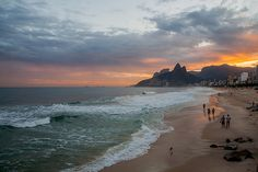 When was the last time you went to a beach this scenic? | 21 Photos That Prove Brazil Is Literally Heaven On Earth