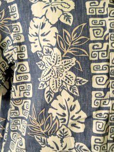 Reyn Spooner Phil Edwards Sm. Mens Blue Hawaiian Shirt Cotton White Tan Graphics #ReynSpooner #Hawaiian