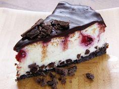 white chocolate raspberry truffle cheesecake