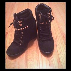Steve Madden wedge booties with gold studs! Worn once! Lace up booties with Velcro strap and gold detailing. Steve Madden Shoes Ankle Boots & Booties