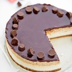 Reese's cheesecake My pastries Cake Recipes, Dessert Recipes, Polish Recipes, Cookies And Cream, How Sweet Eats, Let Them Eat Cake, Cupcake Cakes, Cupcakes, Delicious Desserts