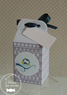 Boîte à dragées baptême sur le thème hibou, chouette ou animaux de la forêt. La collection hibou nid vous propose un marque place et différents modèles de boîtes à dragées http://www.maison-des-delices.fr/contenants-a-dragees-mariage-hibou-930