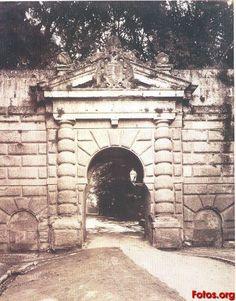 Puerta-de-las-Granadas-1885-Granada-antigua