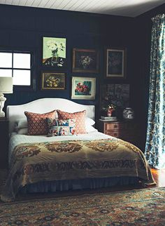 Warm Bedroom Ideas 5370212109 Terrific projects to form a striking diy home decor bedroom vintage Easy Bedroom decor ideas shared on this fun day 20190129 Quirky Bedroom, Stylish Bedroom, Blue Bedroom, Bedroom Vintage, Bedroom Colors, Home Decor Bedroom, Bedroom Furniture, Eclectic Bedrooms, Bedroom Romantic
