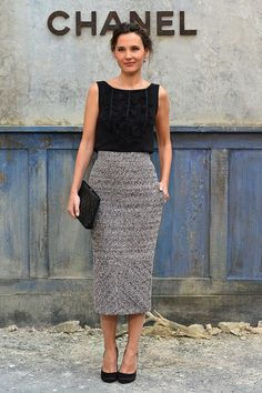 French actress Virginie Ledoyen looked classically chic in this long pencil skirt and sleeveless top. via StyleList