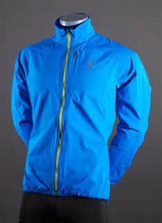 View and buy the Salomon Fast Wing Jacket - Union Blue Salomon at Pro:Direct RUNNING. Running Clothing, Mens Running, What I Wore, Wings, My Style, Jackets, How To Wear, Stuff To Buy, Blue