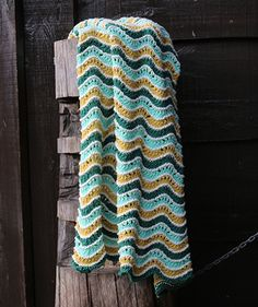 A wavy multicolored knitted blanket in soft and slightly warm summer wool. This yarn is specially developed for Nordic summers. Knitted Baby Blankets, Baby Knitting, Wool, Crochet, Absolutely Stunning, Maternity, Queen, Group, Fashion
