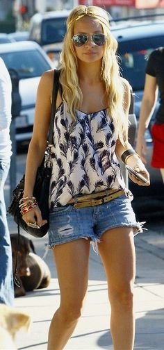 diy cut off shorts are my favorite! nicole's hair is way effortlessly cute <3