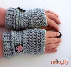 14 free fingerless glove patterns by fingerless gloves free ups and downs fingerless gloves free crochet pattern on mooglyblog make dt1010fo