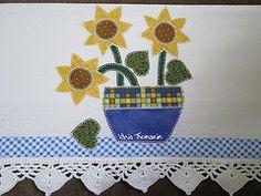 Guardanapo girassol com barrado (vaniathomazim) Tags: flores flower casa flor artesanato colagem patch patchwork cozinha girassol guardanapo croche costura aplique guardanapos patchcolagem vision:sky=0543