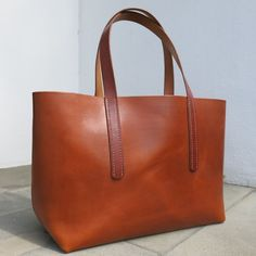 be-cause MXS leather tote bag hand sewn 101