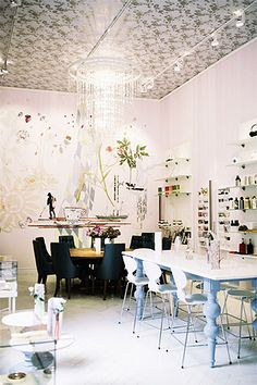 Royal Cafe - that table - those chairs - the ceiling!