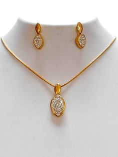 Fashion Jewelry Manufacturer, wholesaler and Exporter Gold Mangalsutra Designs, Gold Earrings Designs, Necklace Designs, Gold Jewelry Simple, Mom Jewelry, Jewelery, Jewelry Crafts, Jewelry Rings, Gold Chain Design