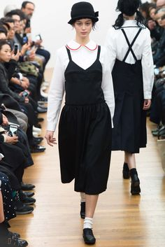 Comme des Garçons Comme des Garçons Fall 2015 Ready-to-Wear - Collection - Gallery - Style.com