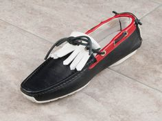 You cant beat this fashion Italian Shoes, Love At First Sight, Boat Shoes, Dark Blue, Boutique, Tassels, Model, Italy, Touch