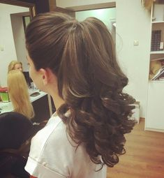 All Time Favourit High Pony Long Curly Hairstyles 2020 That Will Amaze Everyone Ponytail Hairstyles, Wedding Hairstyles, Hairstyle Ideas, Bob Hairstyle, Medium Hair Styles, Curly Hair Styles, Pinterest Hair, Long Curly Hair, Hair Highlights