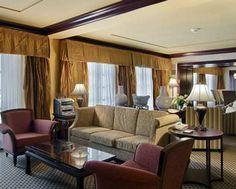 Hilton President Kansas City Hotel, MO - Presidential Suite Living Area