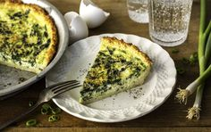 Weight Loss Plans That Really Work Cauliflower-Crusted Spinach Feta Pie.Weight Loss Plans That Really Work Cauliflower-Crusted Spinach Feta Pie Breakfast And Brunch, Protein Rich Breakfast, Make Ahead Breakfast, Breakfast Recipes, Breakfast Burritos, Low Carb Recipes, Vegetarian Recipes, Cooking Recipes, Healthy Recipes