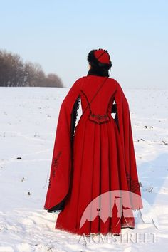 FANTASY MEDIEVAL WOOL COAT 'QUENN OF SHAMAKHAN' | from: armstreet