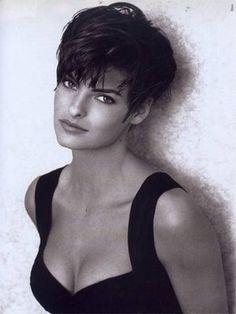 Linda Evangelista - short hair