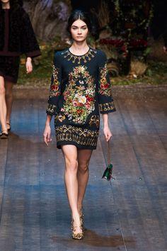 Défile Dolce & Gabbana Prêt-à-porter Automne-hiver 2014-2015 - Look 23