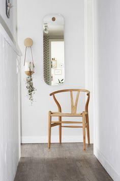 Wishbone Stuhl - New Ideas Interior Design Living Room, Living Room Designs, Chair Design, Furniture Design, Wooden Chair Plans, Warm Home Decor, Living Furniture, Wishbone Chair, Dining Room Chairs