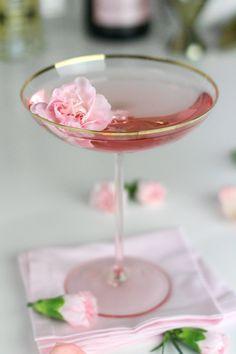 Bridal shower cocktail idea - La Fleurette Cocktail {Courtesy of LuLus}
