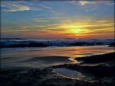 Una Puesta de Sol en Los Caños de Meca en Barbate... La Janda Litoral!!!  #Beach #Cádiz   www.restaurantecastillejos.es