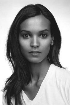 Model Liya Kebede Shopping Must Haves - Liya Kebede Wishlist - ELLE