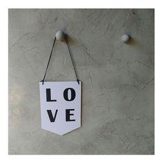 #plaquinhas #penduradores #cimentoqueimado #tkpinturas #kleberrenner #bomdia #curitiba #chuva #verypiclov #decorando #instagram #instalike #love #trabalhos #pinturas #renovar