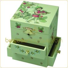 Jewellery box for Louise Jr.
