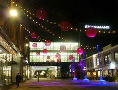 Tampereen Stockmannin joulupallot