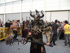 Spikey Bits Warhammer 40k, Fantasy, Conversions and Painted Miniatures: Warrior of Chaos Fantasy Cosplay