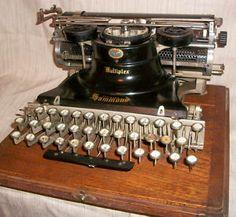 TYPEWRITER c1913 Antique Hammonds MUPTIPLEX & Cover & Base_Glass Keys_Nickle Rim