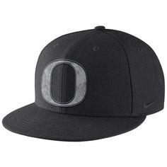 buy online d48cc fcbba Oregon Ducks Nike Football Past Energy True Snapback Adjustable Hat - Black