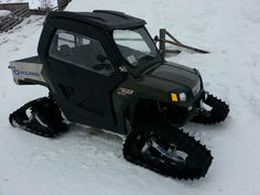 Perfect for trent! Snow Toys, Horse Trailers For Sale, Buy A Horse, Snow Machine, Gooseneck Trailer, Horse Face, Truck Bed, Motocross