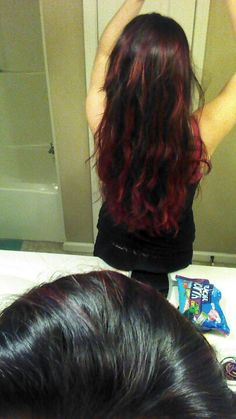now this is an ombre hair that i like... not a natural color, so it doesnt look like grown out roots ;)