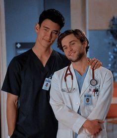 Grey's Anatomy, Yuri, Owen Hunt, Greys Anatomy Cast, Lgbt, Castle Tv, Good Doctor, Best Couple, Chef Jackets