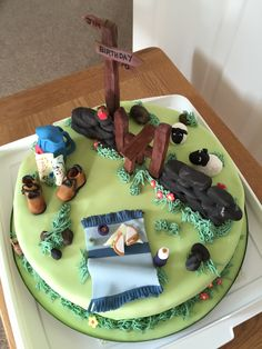 Cake for a rambler 70th Birthday Cake Mum, Friends Birthday Cake, Mountain Cake, Dad Cake, Novelty Cakes, Cakes For Boys, Themed Cakes, Cake Designs, Amazing Cakes