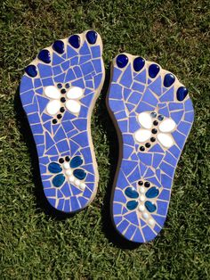 Dragonfly stepping stones - blue