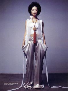 한복 Hanbok : Korean traditional clothes[dress]    #ModernHanbok lee young hee hanbok from Vogue Korea